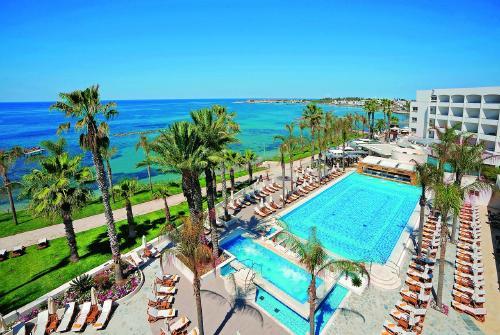 Kipras: ALEXANDER THE GREAT BEACH 4*,  2019 m. gegužės 31 d. skrydžiui, 7 n. nuo 1018,00 EUR