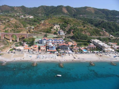 Sicilija: OASI AZZURRA (MESSINA) 3*,  2019 m. birželio 5 d. skrydžiui 7 n. nuo 426,00 EUR