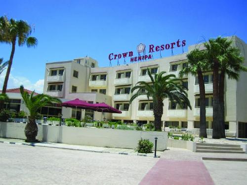 Kipras: CROWN RESORTS HENIPA 3+*,  gegužės 17, 24, 31 d. skrydžiams 7 n. nuo 356,00 EUR