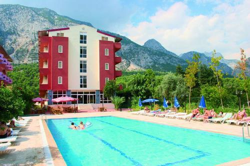 Turkija: SUNMERRY HOTEL 4*, liepos 26, 27 d. skrydžiams 13 n. nuo 554,00 EUR