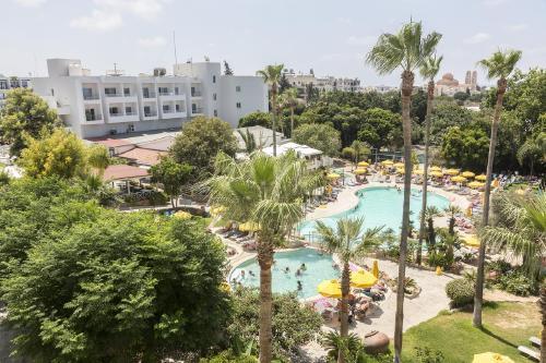 Kipras: MAYFAIR GARDENS 4*,  2019 m. gegužės 31 d. skrydžiui, 7 n. nuo 625,00 EUR