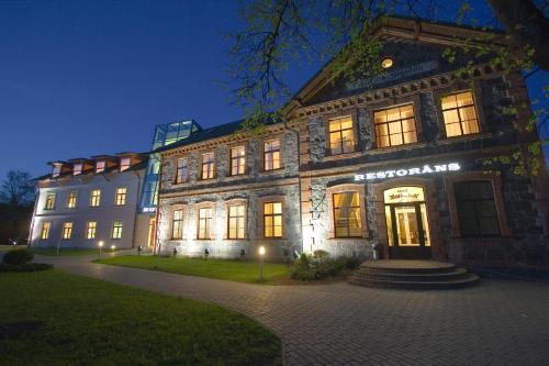 Sigulda: HOTEL SIGULDA,  2 nakvynės nuo 46,50 EUR